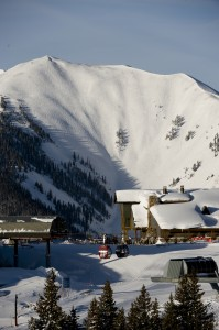 The Sundeck Backdropped by the Highlands Bowl in Winter