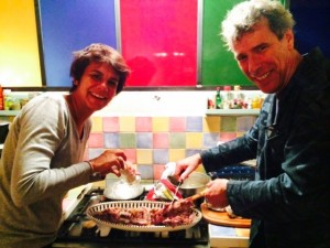 Steph & Véronique Serving the Leg of Lamb with Flageolets