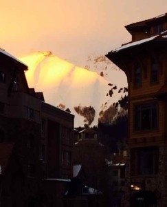 Embracing the Après-Ski Beauty of a Telluride Sunset